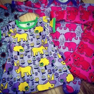 Den seneste Småfolk-tilføjelse til ungernes klædeskab.