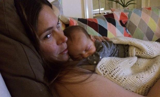 I går aftes kunne Berta ikke falde til ro, og da hun endelig faldt i søvn, var det på min mund ... Det blev en relativt stille aften.
